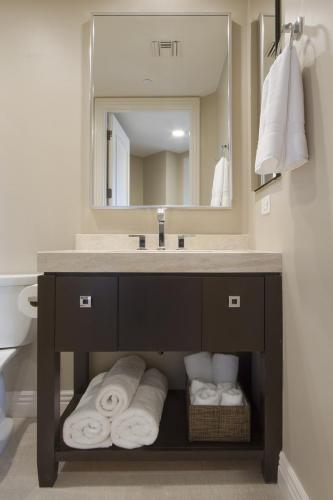 scottsdale residence m 02041028